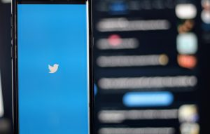 Why You Should Be Using Twitter to Market Your Business, and How to do It